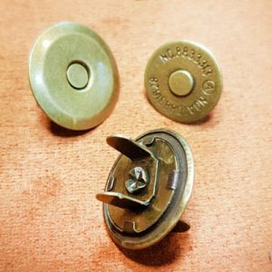 دکمه آهنربایی- ابزار و یراق چرمدوزی